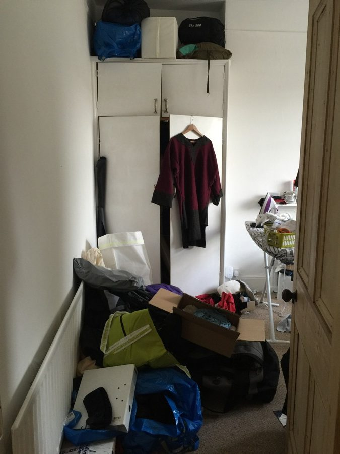 How I started organising my sewing room, and decluttering my life.